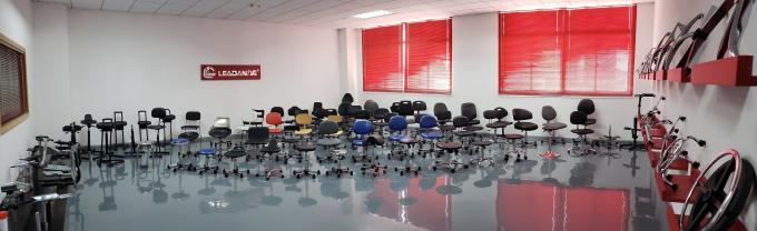 Black PU Industrial Production Chairs Recommended For University Settings